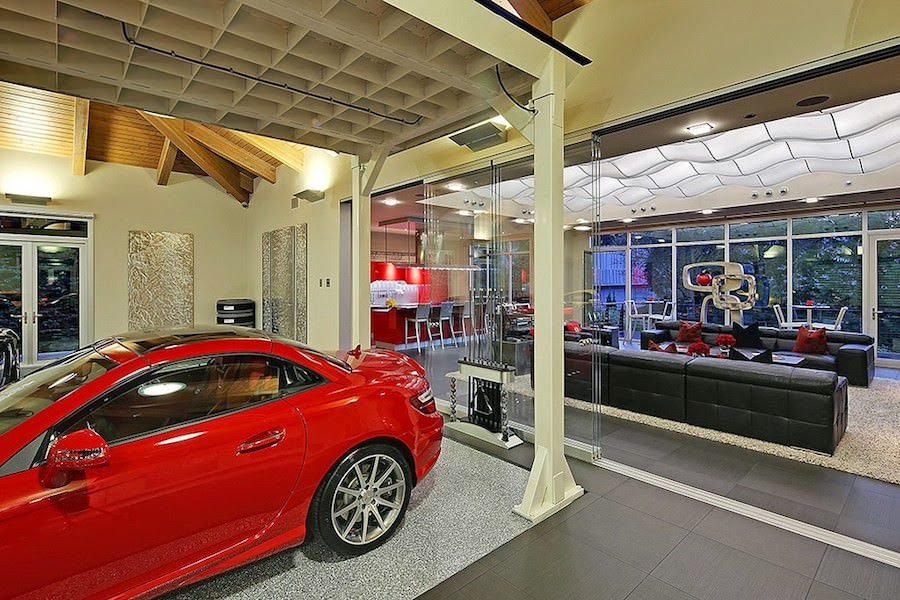 スーパーカー愛好家のための究極のガレージハウスがスゴい!
