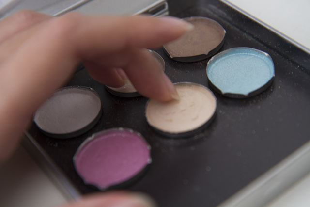 Photo of my Silk Naturals pressed eyeshadow palette.