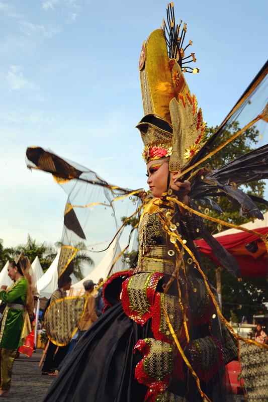 """Pakaian Karnaval """"Pembukaan Pameran Kreatif dan Bazar Buku"""" @Lapangan"""