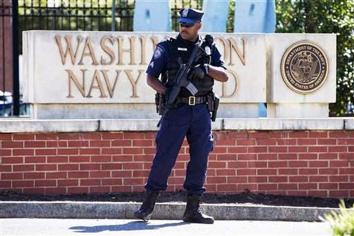 Military News - Reports fault command for not flagging Navy Yard shooter