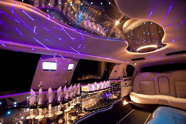 Excalibur Limousine black/ silver. Hochzeitsauto, Hochzeitslimousine innen.