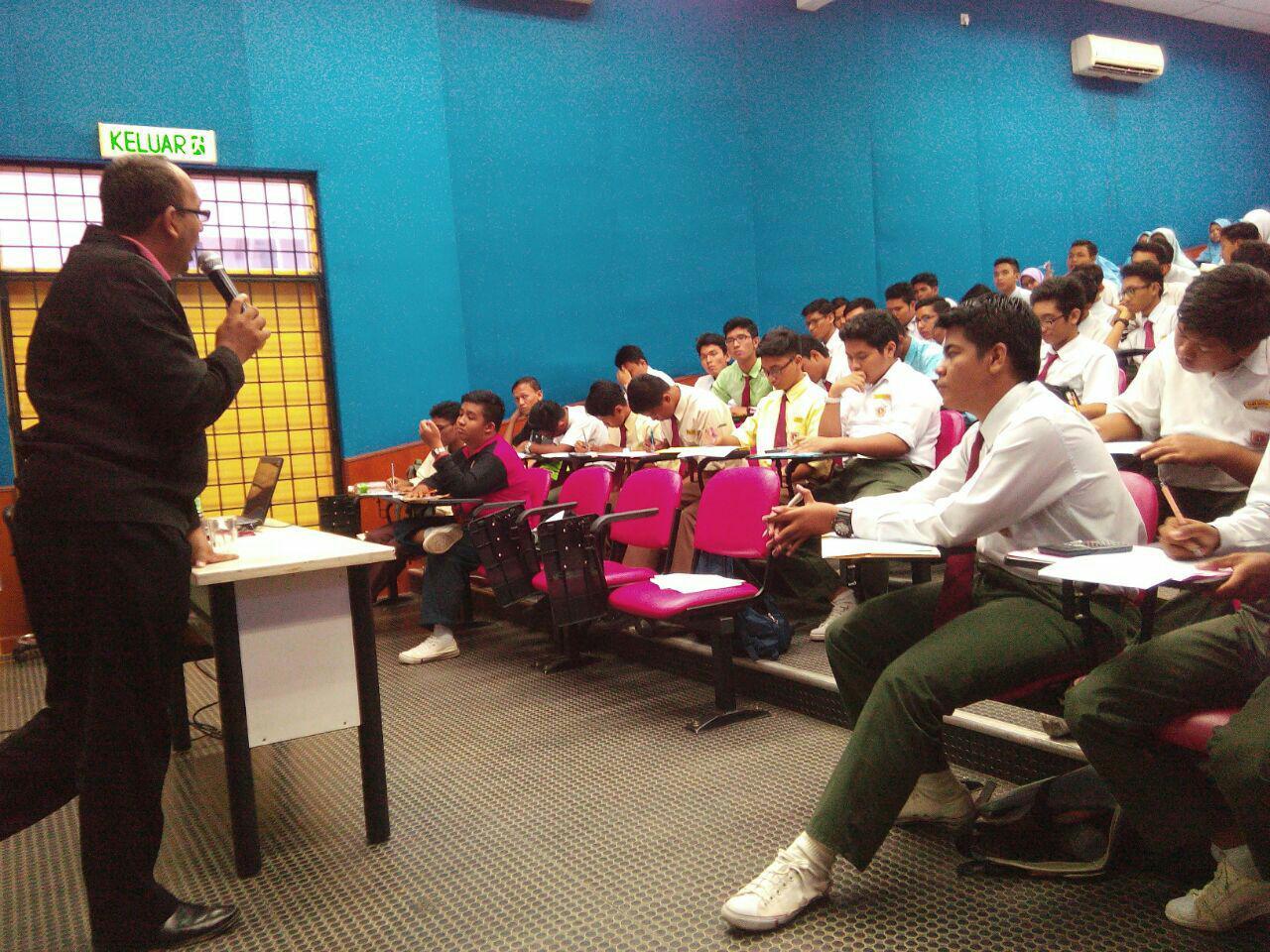 Teknik Menjawab di SMK Bandar Tasik Kesuma