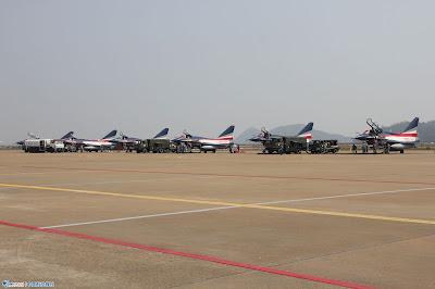 PLAAF J-10-Aerobatic Team in Zhuhai Airshow
