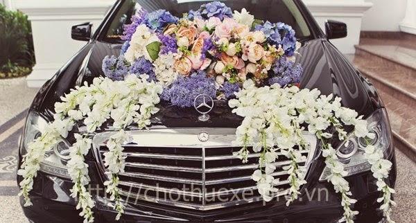 Các cách trang trí xe hoa cho đám cưới đẹp và đơn giản