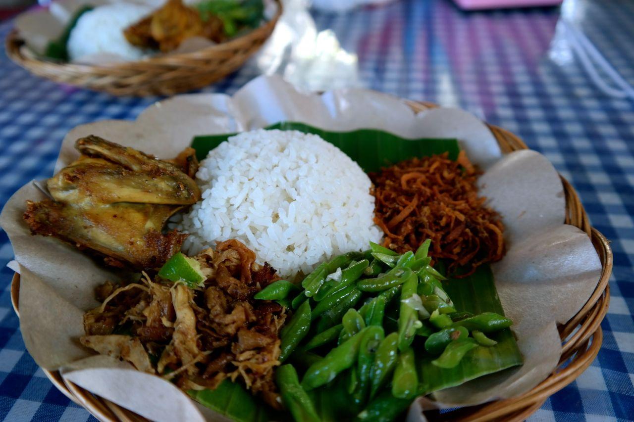 Nasi Balap Puyung Inaq Esun khas Lombok