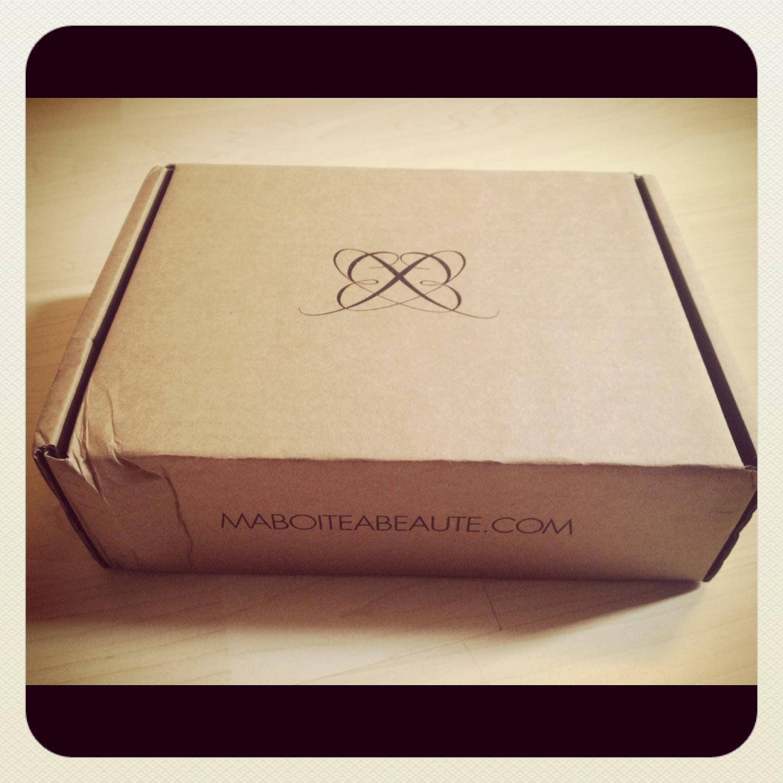 ma bo te beaut juillet 2012 beauty box smoothie bikini blog voyage beaut et bien tre. Black Bedroom Furniture Sets. Home Design Ideas