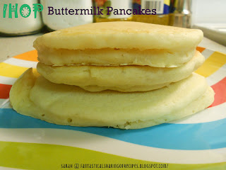 IHOP Buttermilk Pancakes | Perfectly fluffy and perfectly delicious pancakes just like IHOP's! #copycat #breakfast #recipe