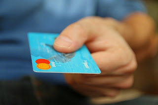 How to Manage Your Credit Card Wisely