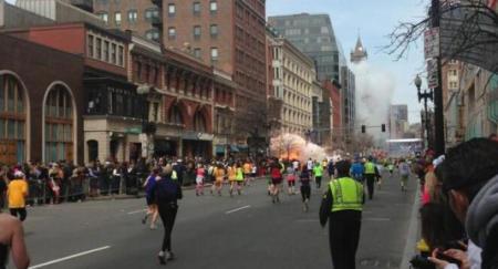 primera explosión Maratón de Boston