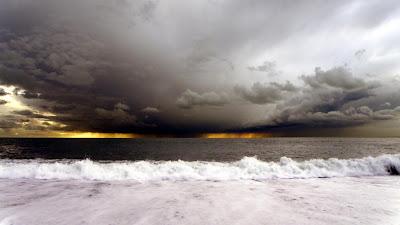 Stormy Seas Wallpaper