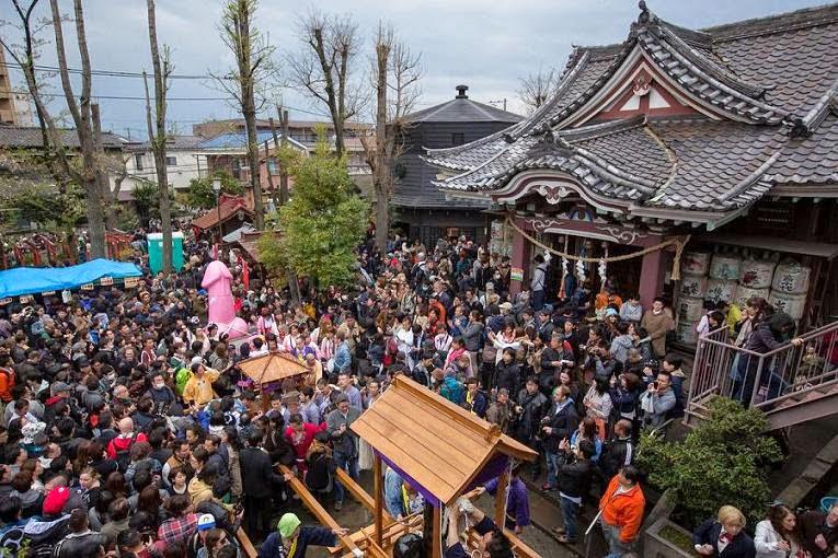 lễ hội rước dương vật thép ở Nhật Bản