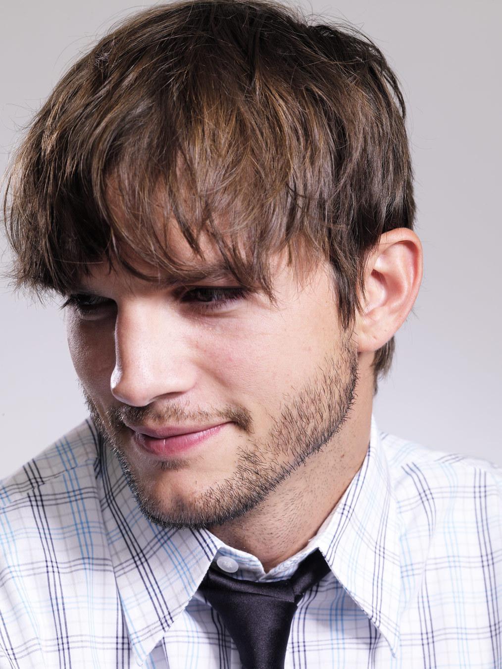 ashton kutcher is a fa...