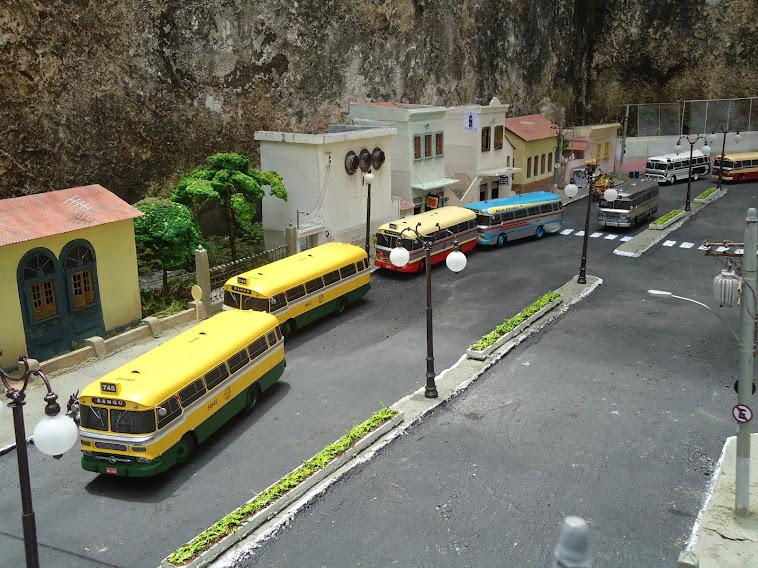 Miniaturas do ônibus Cermava 1ª parte