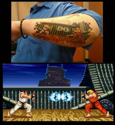 Tatuagens Ken e Ryu Street Fighter no braco