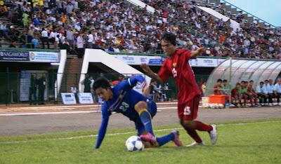 Le topic du football asiatique - Page 3 DSC08412