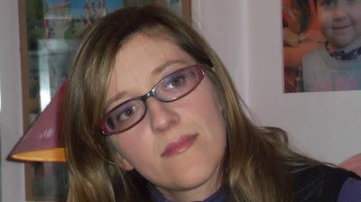 Makeup for glasses wearer