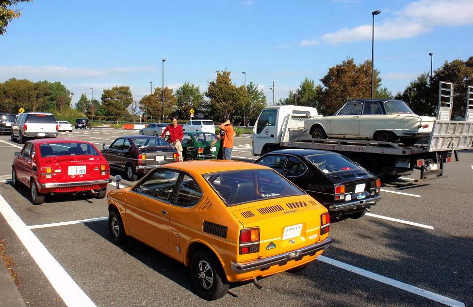 Opis japońskich klasycznych kei car, czyli Suzuki Fronte 360 LC10, Fronte Coupe LC10W, Cervo SS20 oraz SC100. Ciekawe i mało spotykane klasyki, o fajnym designie, wszystkie posiadają napęd na tył i silnik umieszczony z tyłu. Dzisiaj to już unikalne auta.