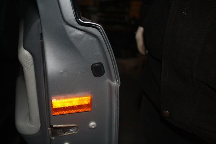 Не открываются задние двери бмв е36