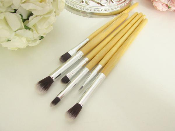 Lenka Kosmetik - 11 Professionelle Bambus Makeup Pinsel Set - Augen und Lippen Pinsel