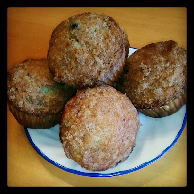 Blueberry Bran Muffins with Streusel Topping, blueberry muffins, blueberry bran muffins