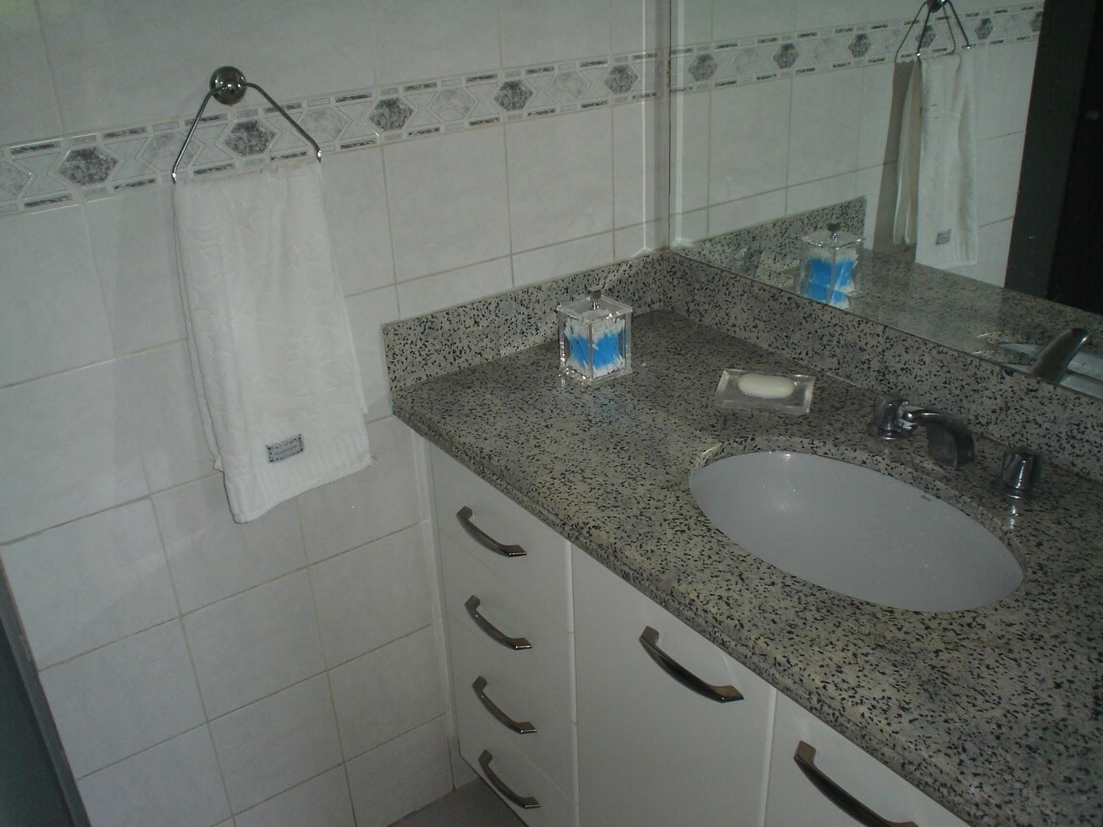 Vendo Excelente Apartamento no Recreio dos Bandeirantes RJ: Outubro  #2974A2 1600x1200 Armario Para Banheiro De Blindex