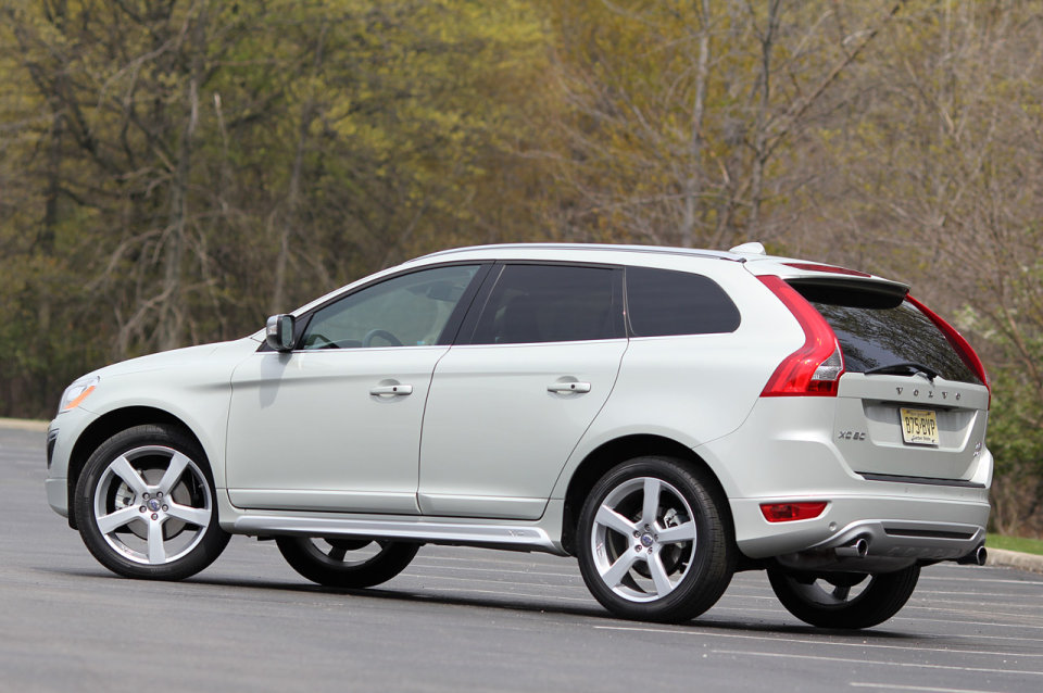Simple Review Volvo XC60 RDesign 2012