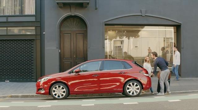 Cargando el Citroën C4