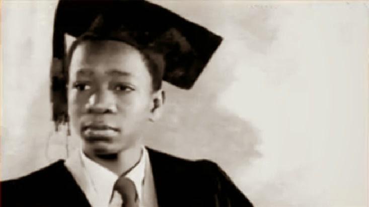 Commentary on Telephone Conversation by Wole Soyinka   GCSE     July           Today In History   Wole Soyinka  Nigerian novelist