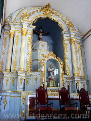 Altar-mor da igreja Nossa Senhora do Rosário dos Homens Pretos, em São Cristóvão - Sergipe - Por Tito Garcez