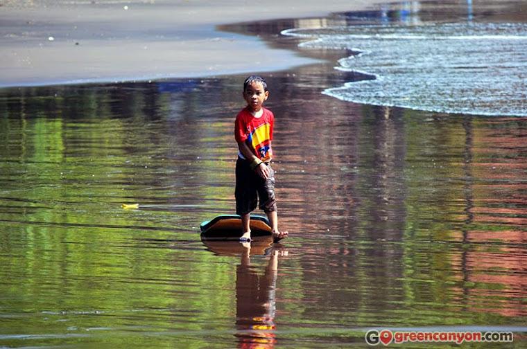 Little Surfer at Batu Karas