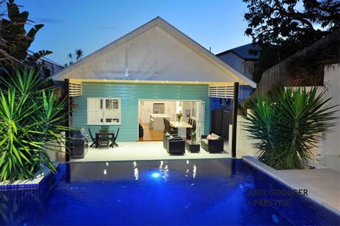 Modern luxury hi tech mansion design paddington australia for Modern house technology