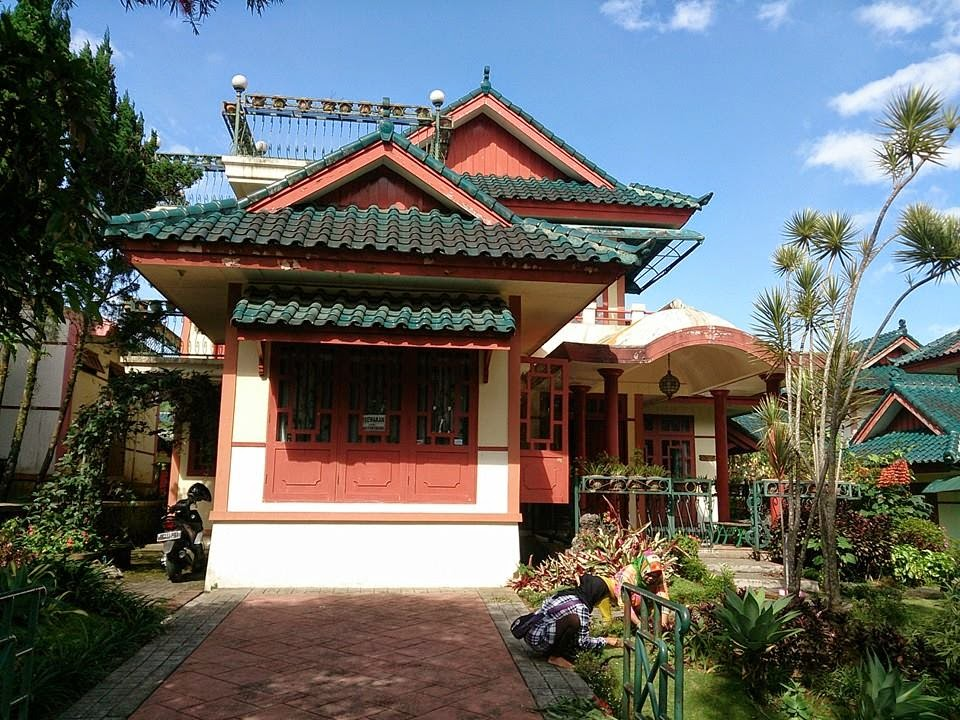 Sewa Villa Kota Bunga Puncak Type Orental 5 Kamar