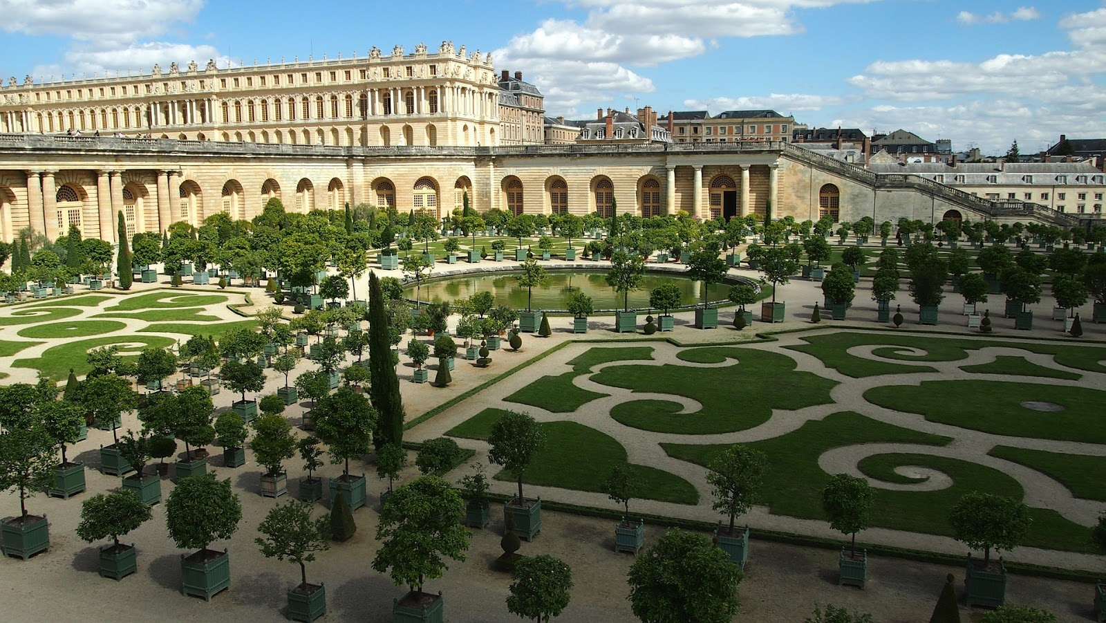 culture on peut tout connaitre sur les jardins du ch teau de versailles quand on gal re. Black Bedroom Furniture Sets. Home Design Ideas