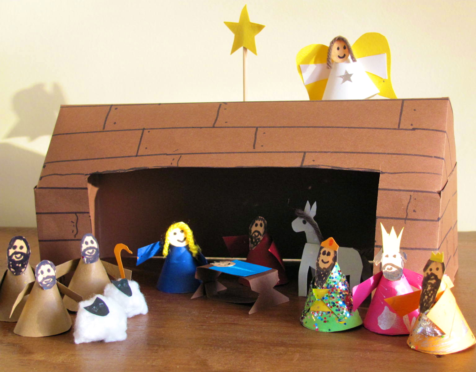 Jumble tree christmas craft diy nativity for Nativity crafts to make