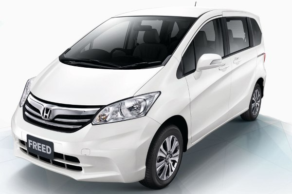 Gambar Honda Freed 2015