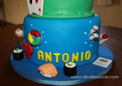 tarta fondant, tarta de boda, tarta de boda fondant, tarta fondant Sevilla, figuras de fondant, tarta de dos pisos, invitacion de boda, sushi fondant,