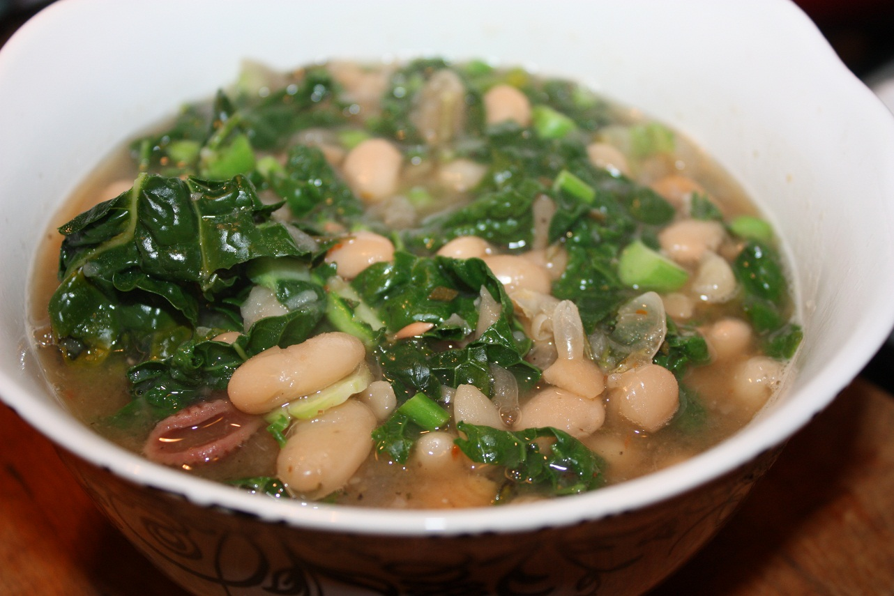Vegan Epicurean: Lemony White Bean and Kale Soup
