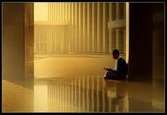 Gambar Amalan Sunnah yaitu BerI'tikaf di Akhir Bulan Suci Ramadhan