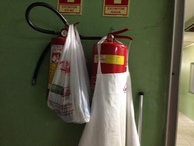 Extintores de Incêndio: Obstrução de Extintor de Incêndio