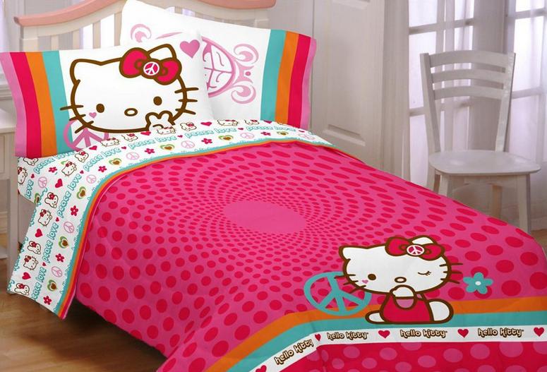 Desain Kamar Tema Tidur Hello Kitty Menarik dan Lucu