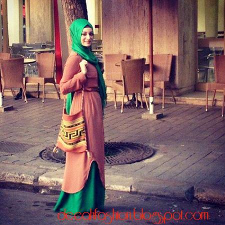 Baju Muslim ala Timur Tengah Modern