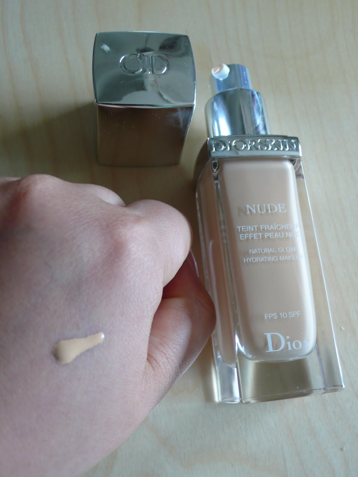 diorskin-nude-natural-glow-hydrating