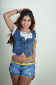 Komal Jha trendy Photo shoot Gallery-thumbnail-9