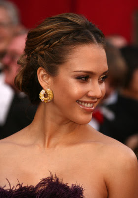 Jessica Alba Romance Hairstyles Pictures, Long Hairstyle 2013, Hairstyle 2013, New Long Hairstyle 2013, Celebrity Long Romance Hairstyles 2013