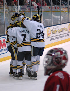 CCHA: Wolverines Sweep Ohio State