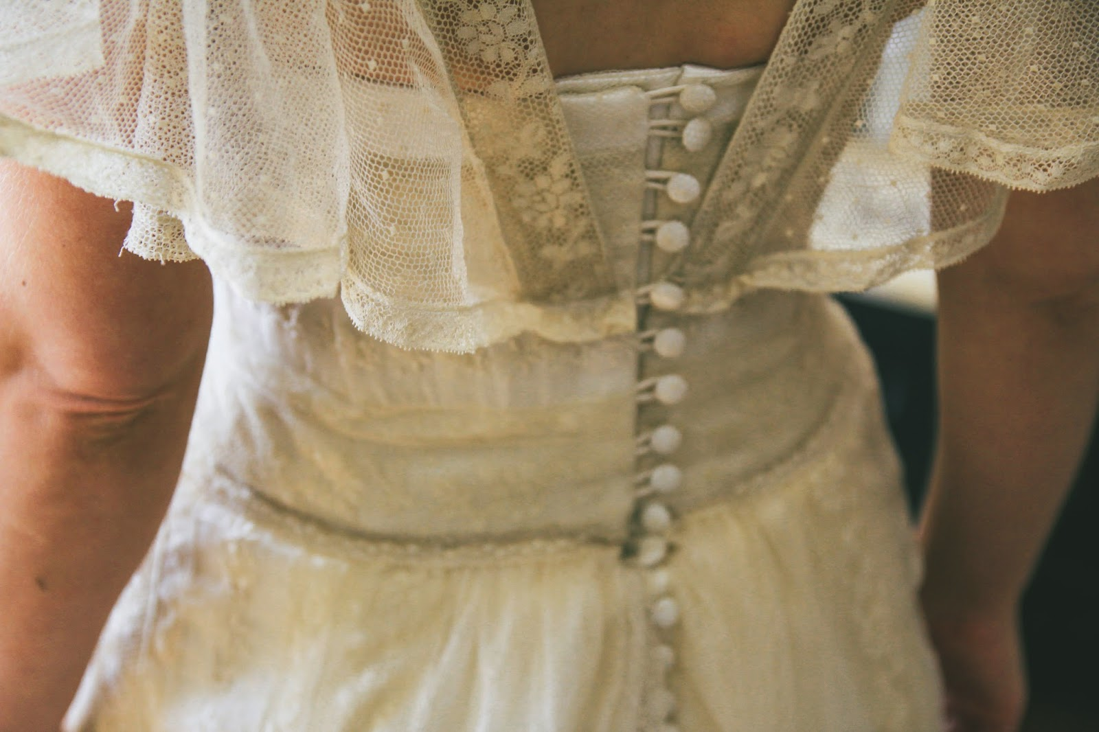 A handmade cottage: The making of my antique lace wedding dress - Part 2