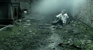 Νίκος Λυγερός: Η ανθρωπιά του θανάτου και η πίκρα της λήθης.