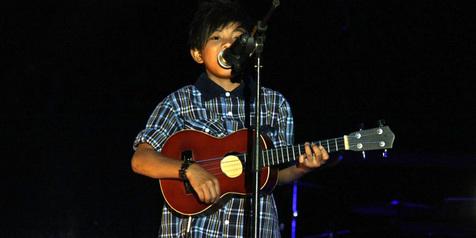 Chord Gitar + Lirik Lagu Tegar - Aku yang Dulu Bukanlah yang Sekarang
