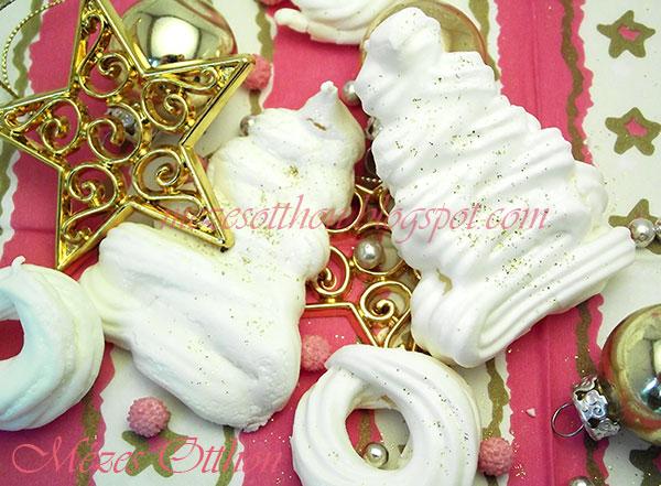 habdíszek és habkarikák karácsonyra fotó