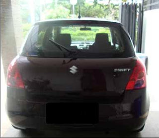 Dijual - Suzuki Swift ST burgundy red 2008
